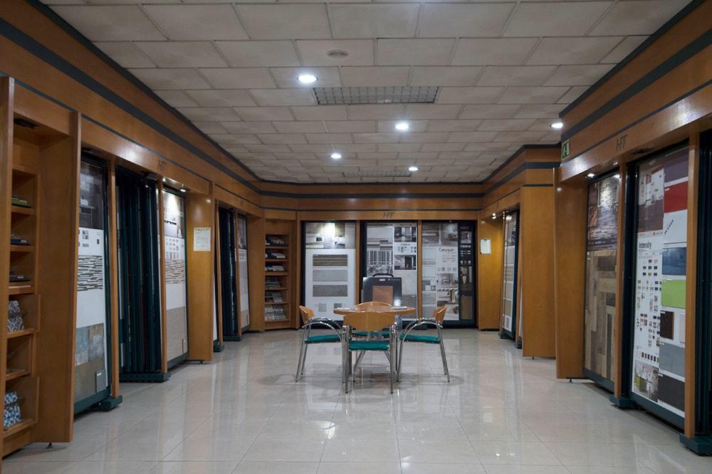eriales de Construcción Arjomi Fernández 12