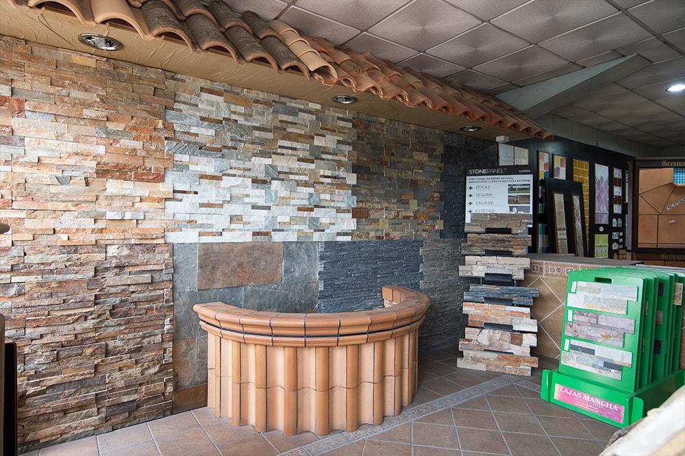 Galería Materiales de Construcción Arjomi Fernández 8